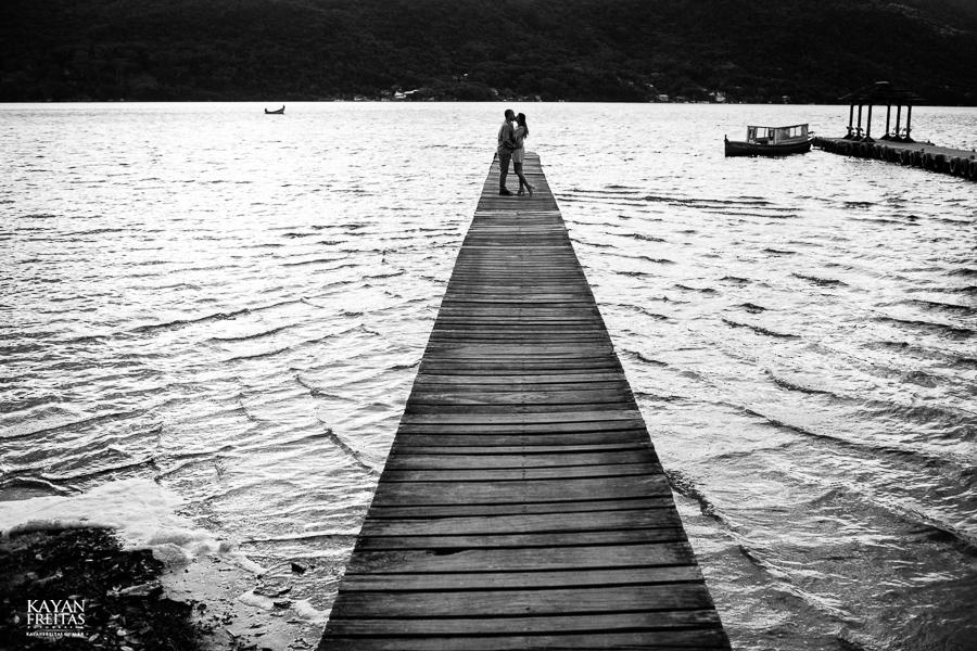 pre-casamento-fotos-0011 Sessão pré Casamento em Florianópolis - Luana e André