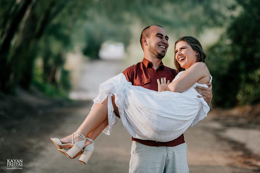 pre-casamento-fotos-0026 Sessão pré Casamento em Florianópolis - Luana e André
