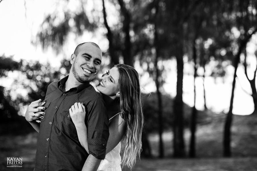 pre-casamento-fotos-0028 Sessão pré Casamento em Florianópolis - Luana e André
