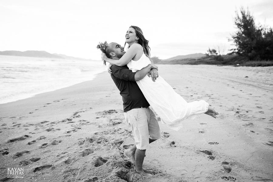 pre-casamento-fotos-0030 Sessão pré Casamento em Florianópolis - Luana e André