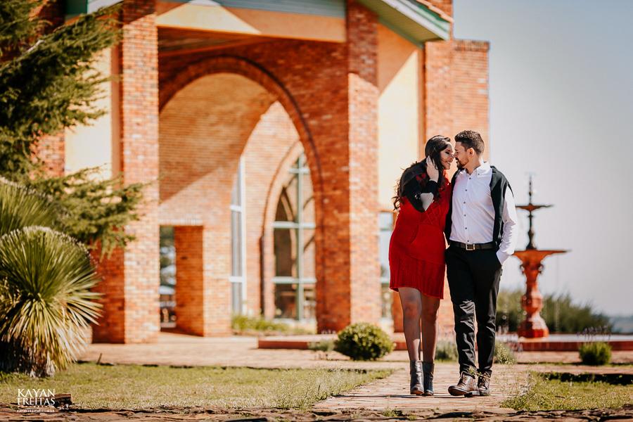 casal-serra-precasamento-0016 Sessão pré casamento na Serra Catarinense - Cris e Mickael