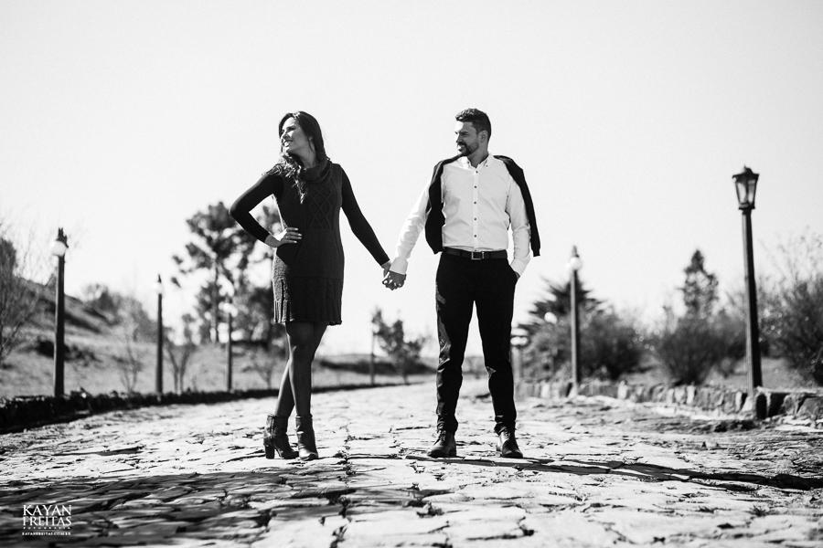 casal-serra-precasamento-0018 Sessão pré casamento na Serra Catarinense - Cris e Mickael