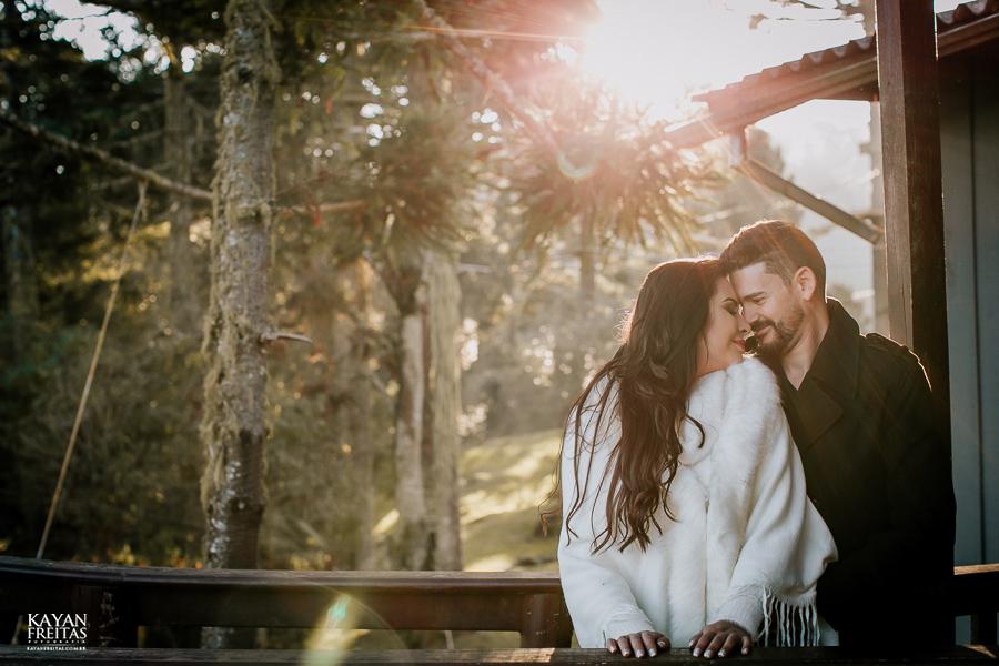 casal-serra-precasamento-0037 Sessão pré casamento na Serra Catarinense - Cris e Mickael