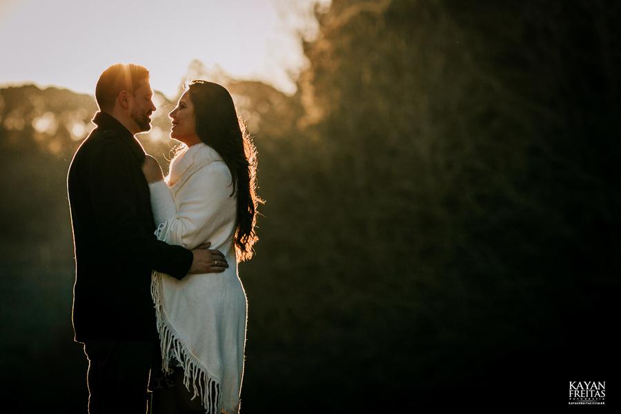 casal-serra-precasamento-0043 Sessão pré casamento na Serra Catarinense - Cris e Mickael