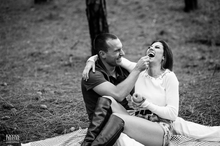 ensaio-casamento-floripa-0024 Sessão de fotos pré casamento - Brenda e Leandro - Florianópolis