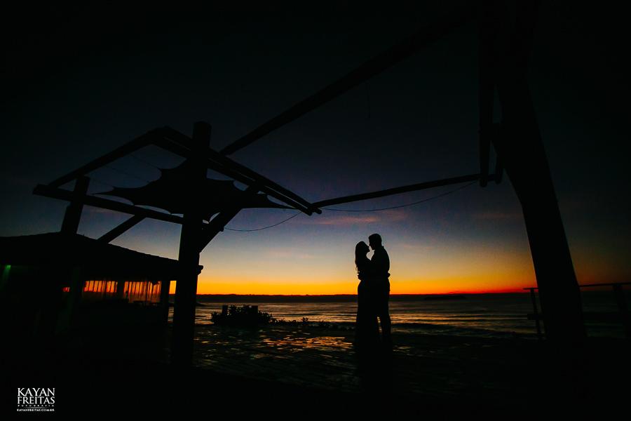 fotos-de-sessao-casal-florianopolis-0001 Sessão pré casamento em Floripa - Thaiany e Marcelo
