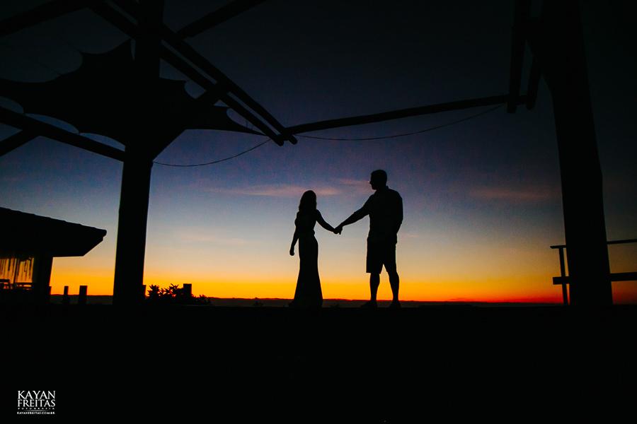 fotos-de-sessao-casal-florianopolis-0002 Sessão pré casamento em Floripa - Thaiany e Marcelo