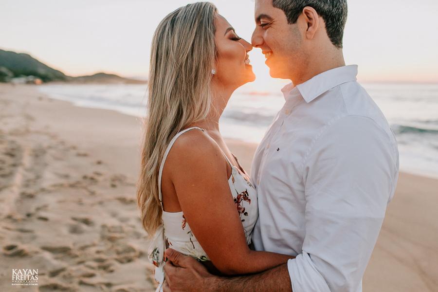 fotos-de-sessao-casal-florianopolis-0015 Sessão pré casamento em Floripa - Thaiany e Marcelo