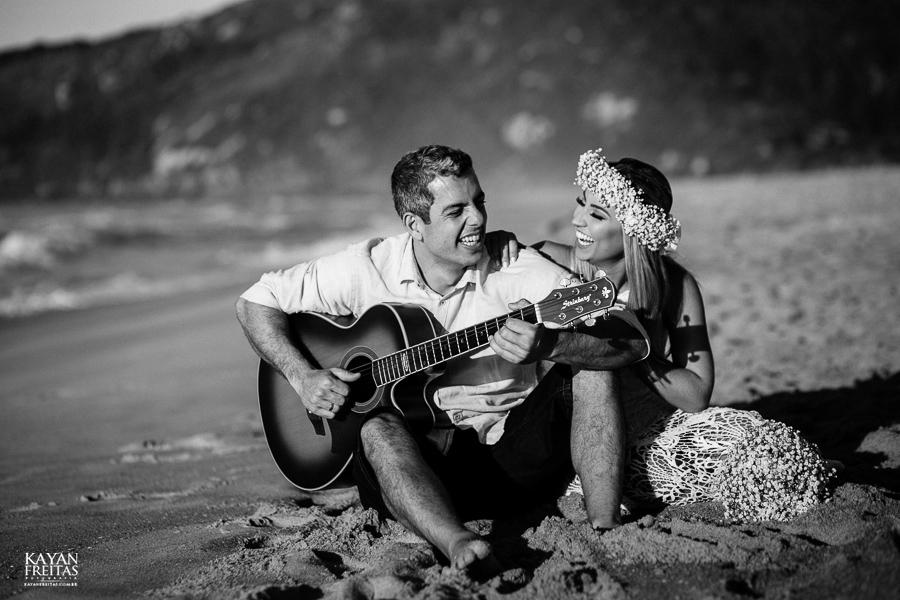 fotos-de-sessao-casal-florianopolis-0025 Sessão pré casamento em Floripa - Thaiany e Marcelo