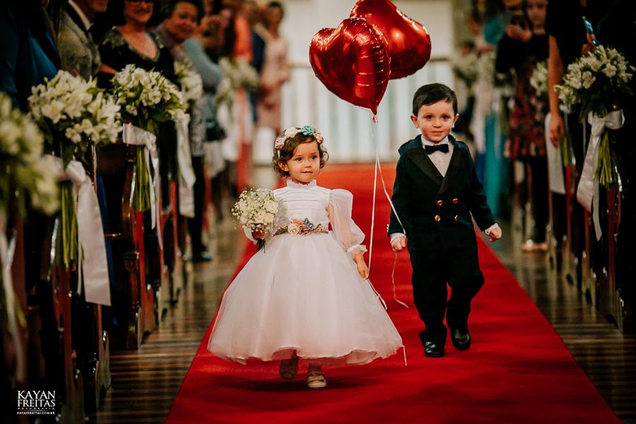 casamento-floripa-grande-loja-0048 Casamento Maria Eduarda e Thiago - Grande Loja Florianópolis