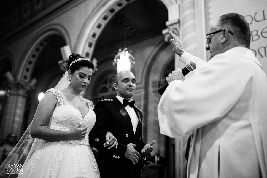 casamento-floripa-grande-loja-0070 Casamento Maria Eduarda e Thiago - Grande Loja Florianópolis