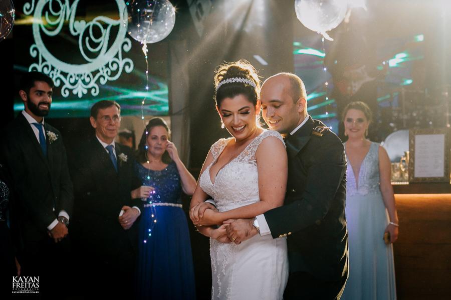 casamento-floripa-grande-loja-0120 Casamento Maria Eduarda e Thiago - Grande Loja Florianópolis