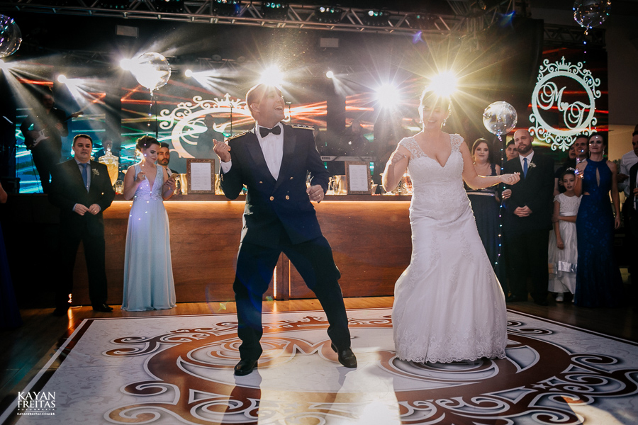 casamento-floripa-grande-loja-0121 Casamento Maria Eduarda e Thiago - Grande Loja Florianópolis