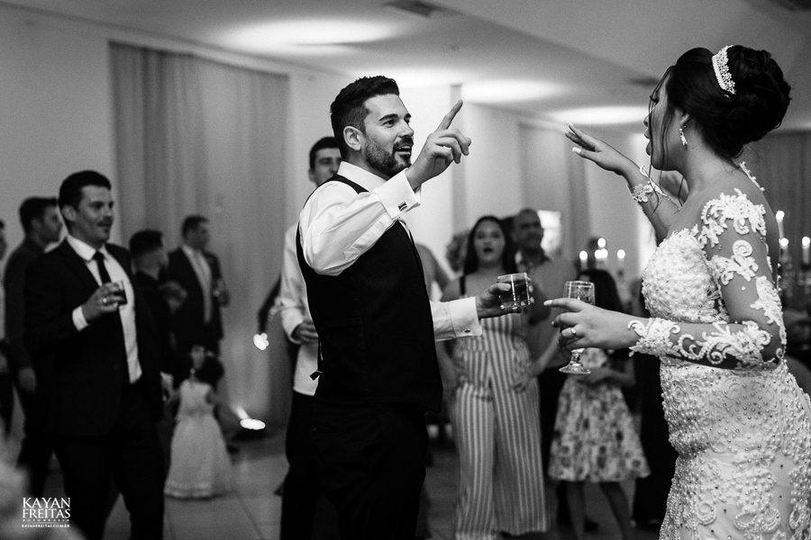 casamento-paularamos-florianopolis-0123 Casamento Cris e Mickael - Paula Ramos Florianópolis