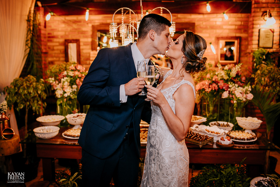 fotos-casamento-pier54-anelyse-diego-floripa-0087 Casamento no Pier 54 - Anelyse e Diego - Florianópolis