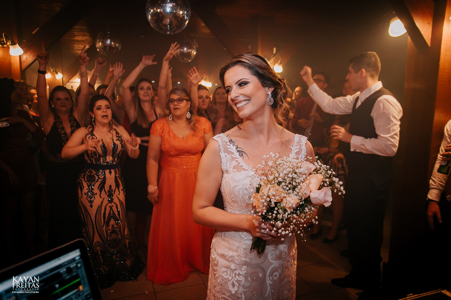 fotos-casamento-pier54-anelyse-diego-floripa-0102 Casamento no Pier 54 - Anelyse e Diego - Florianópolis