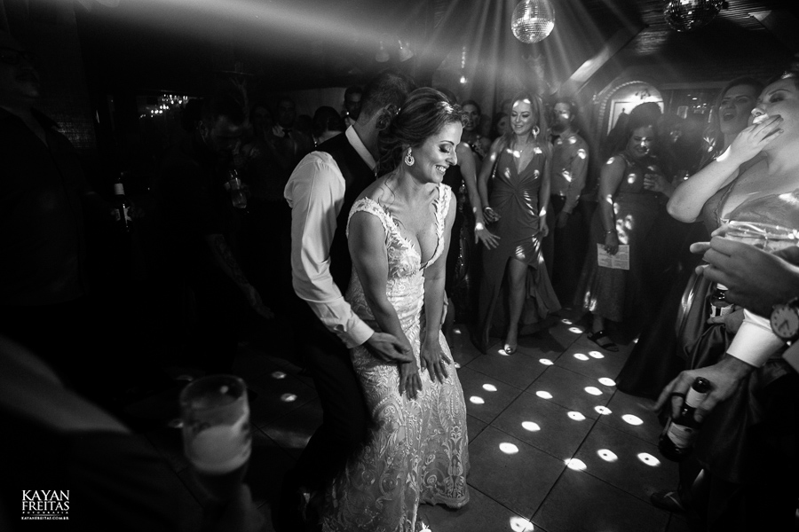 fotos-casamento-pier54-anelyse-diego-floripa-0110 Casamento no Pier 54 - Anelyse e Diego - Florianópolis