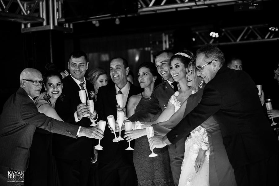 brenda-leandro-casamento-0080 Casamento Brenda e Leandro - Cantinho da Natureza