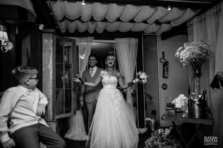 casamento-em-floripa-kayanfreitas-0106 Casamento Camila e Augusto - Santo Antônio de Lisboa