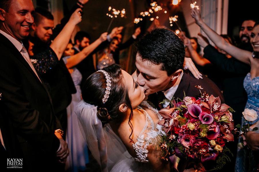 luiza-jean-casamento-0077 Casamento Luiza e Jean - Lira Tênis Clube Florianópolis