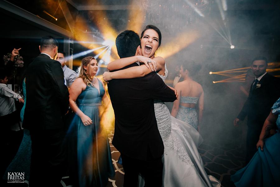 luiza-jean-casamento-0112 Casamento Luiza e Jean - Lira Tênis Clube Florianópolis