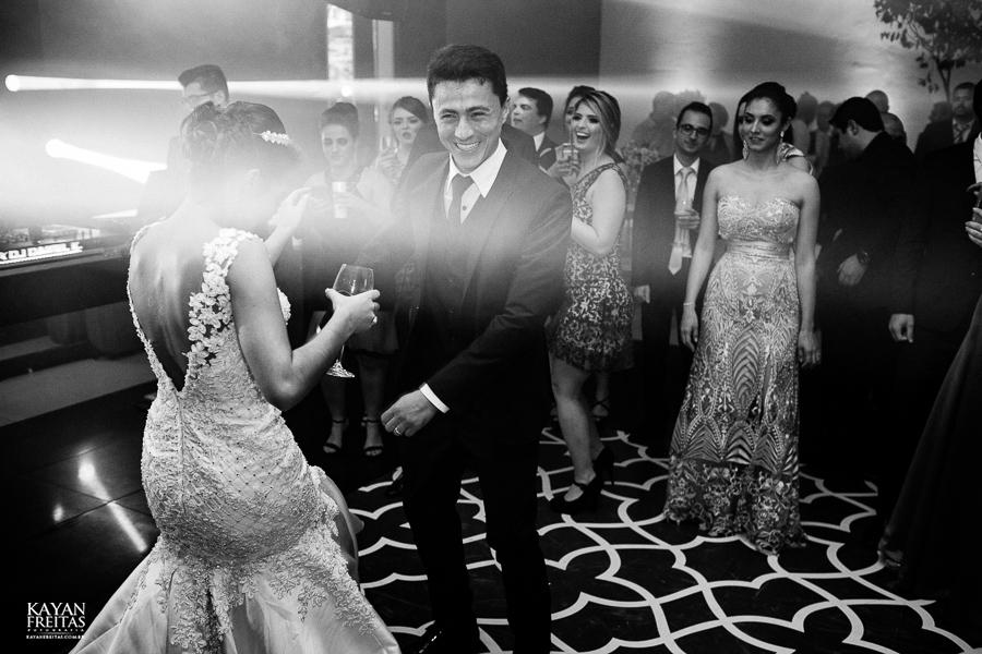 luiza-jean-casamento-0115 Casamento Luiza e Jean - Lira Tênis Clube Florianópolis
