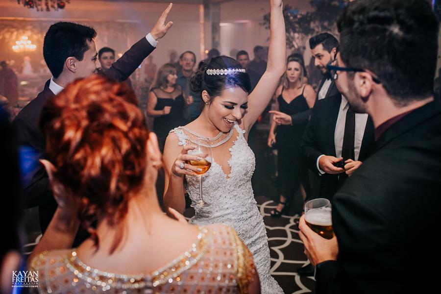 luiza-jean-casamento-0116 Casamento Luiza e Jean - Lira Tênis Clube Florianópolis