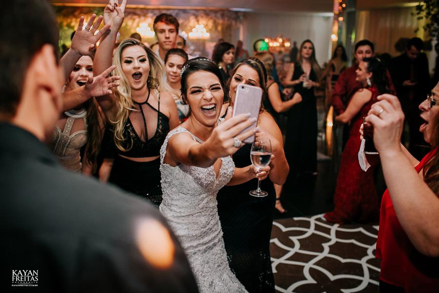luiza-jean-casamento-0119 Casamento Luiza e Jean - Lira Tênis Clube Florianópolis