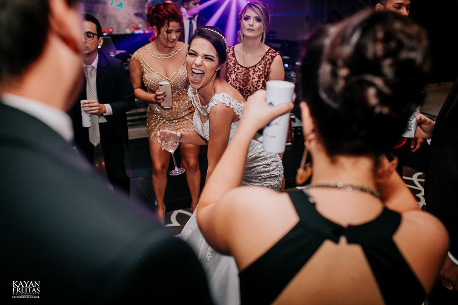 luiza-jean-casamento-0121 Casamento Luiza e Jean - Lira Tênis Clube Florianópolis