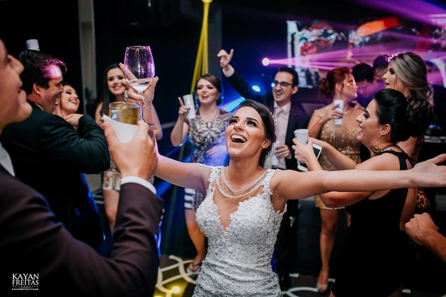 luiza-jean-casamento-0122 Casamento Luiza e Jean - Lira Tênis Clube Florianópolis