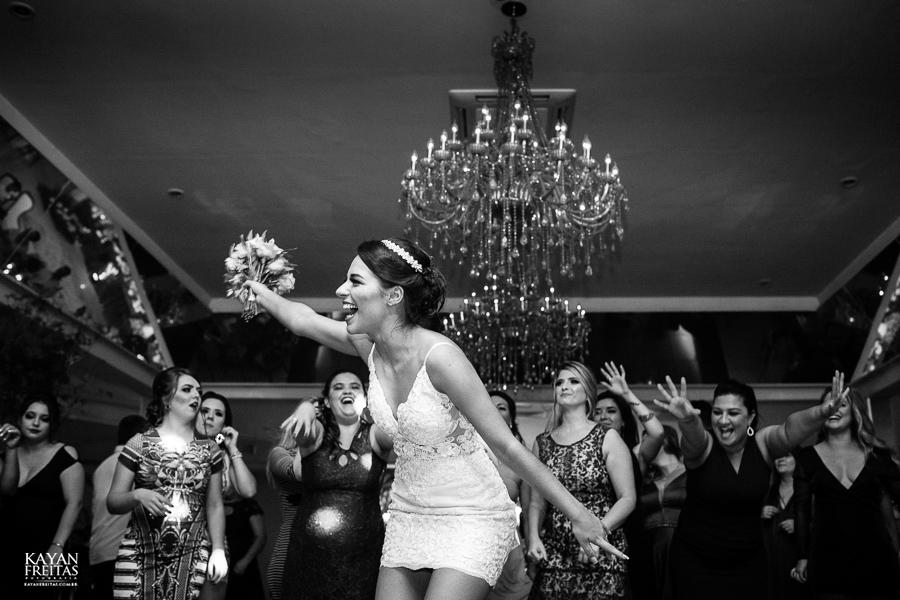 luiza-jean-casamento-0125 Casamento Luiza e Jean - Lira Tênis Clube Florianópolis