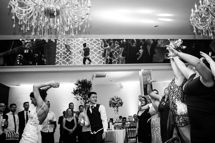 luiza-jean-casamento-0126 Casamento Luiza e Jean - Lira Tênis Clube Florianópolis