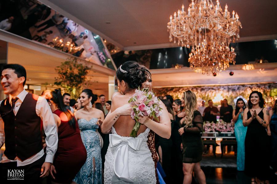 luiza-jean-casamento-0129 Casamento Luiza e Jean - Lira Tênis Clube Florianópolis