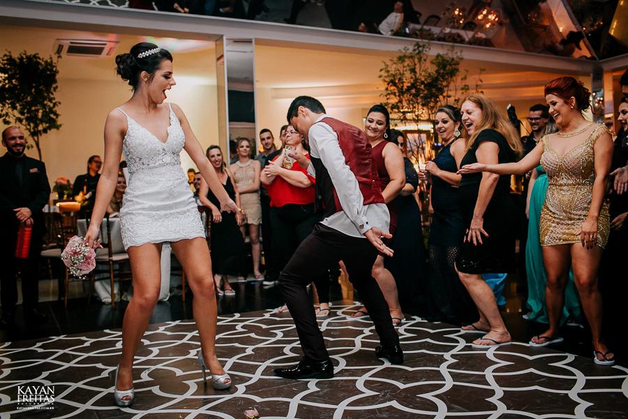 luiza-jean-casamento-0130 Casamento Luiza e Jean - Lira Tênis Clube Florianópolis