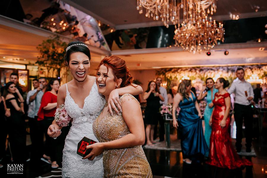 luiza-jean-casamento-0131 Casamento Luiza e Jean - Lira Tênis Clube Florianópolis