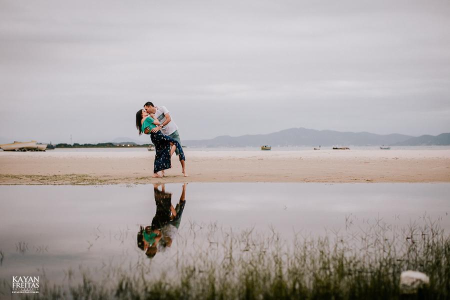rafa-anderson-pre-0024 Rafaela e Anderson - Sessão pré casamento em Florianópolis