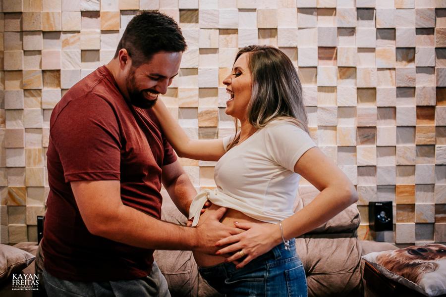 sessao-gestante-em-casa-0012 Sessão Gestante - Cibelly e João a Espera da Luisa