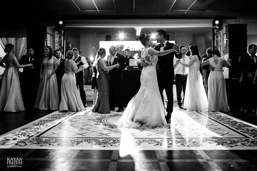 rafaela-anderson-0073 Casamento Rafaela e Anderson - Clube 7 - Palhoça