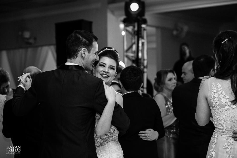 rafaela-anderson-0074 Casamento Rafaela e Anderson - Clube 7 - Palhoça