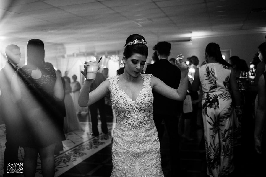rafaela-anderson-0081 Casamento Rafaela e Anderson - Clube 7 - Palhoça