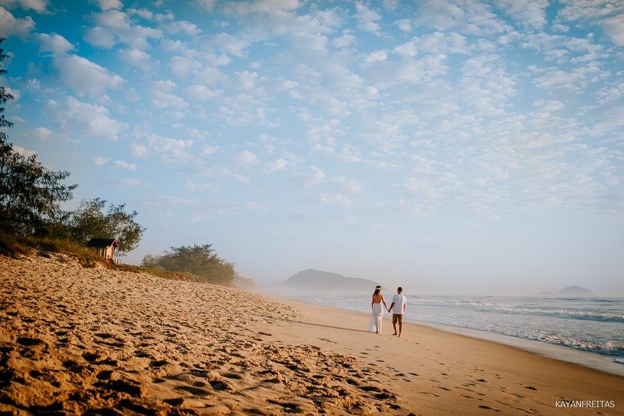 bruna-ruan-precasamento-0010 Sessão Pré Casamento Bruna e Ruann - Florianópolis