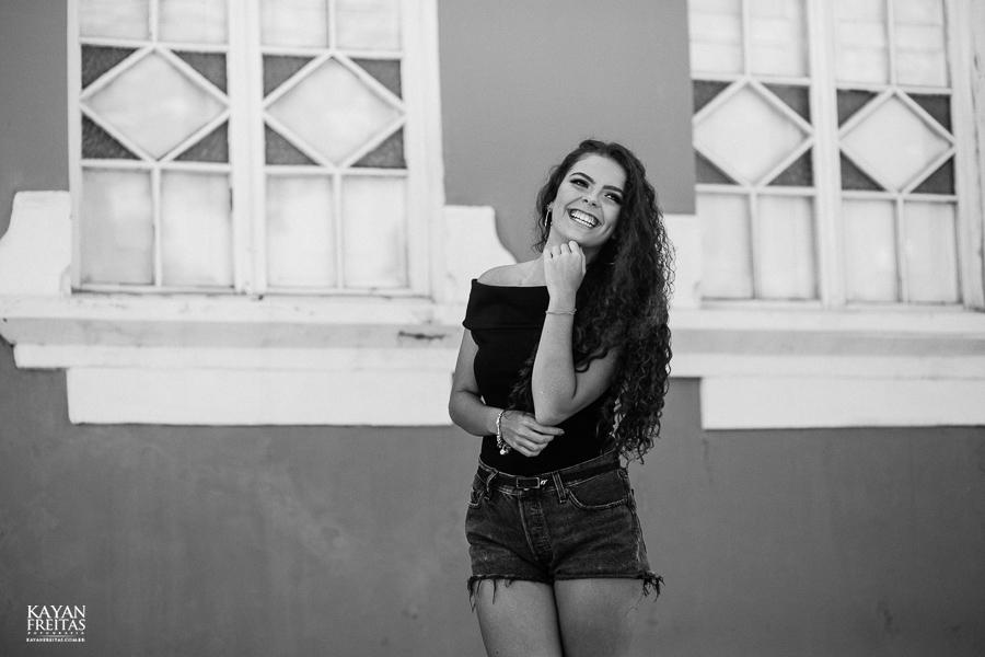 camille-pre15anos-0022 Camille Garcia - Sessão pré 15 anos em Florianópolis