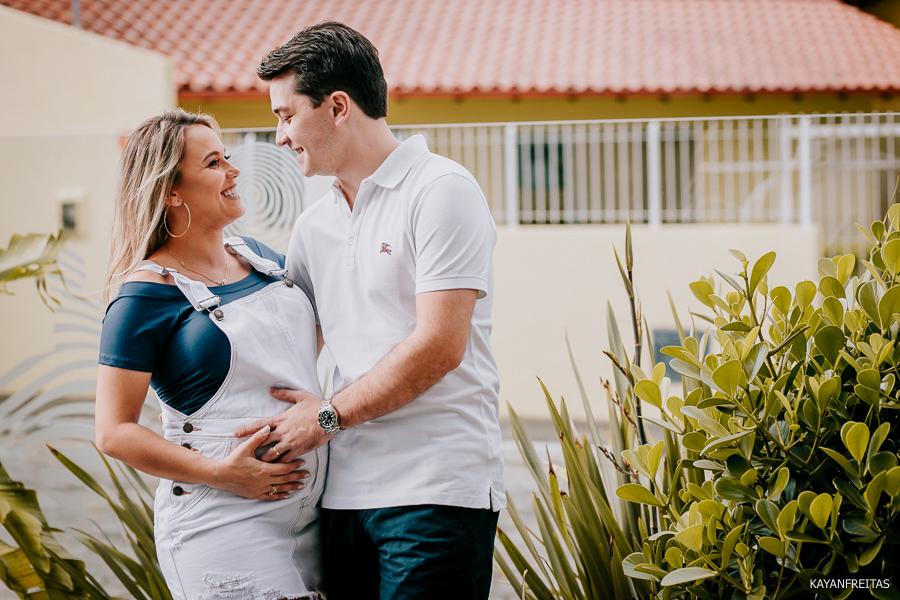 gestante-florianopolis-beh-0001 Bruna e Henrique a espera da Carolina - Florianópolis
