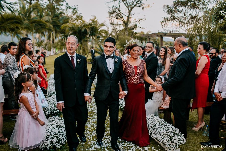 mi-adriano-cas-0017 Casamento Michelli e Adriano - Cantinho da Natureza
