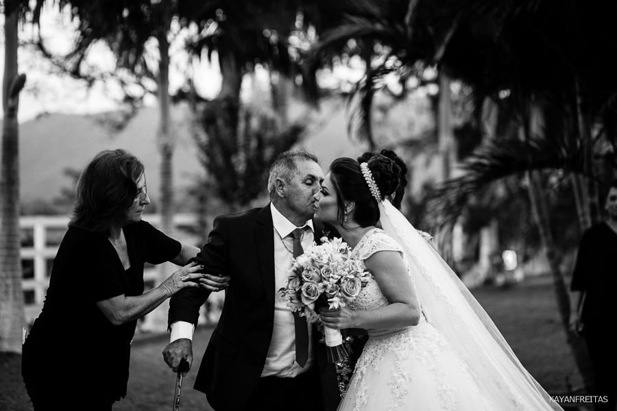 mi-adriano-cas-0026 Casamento Michelli e Adriano - Cantinho da Natureza