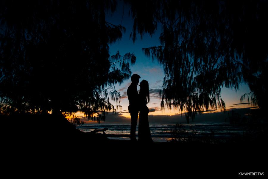 esession-floripa-praia-0001 Sessão pré casamento Izabelle e Douglas - Florianópolis