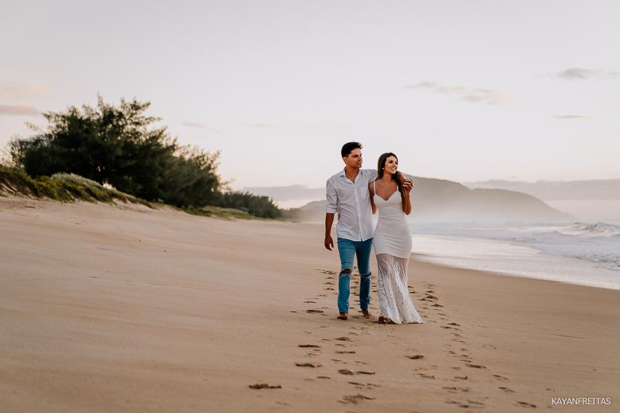 esession-floripa-praia-0008 Sessão pré casamento Izabelle e Douglas - Florianópolis