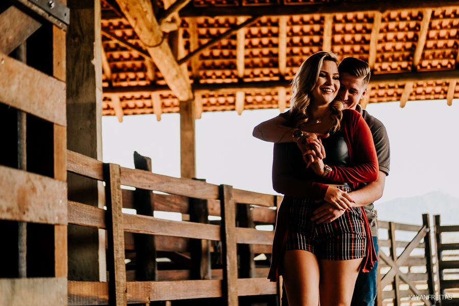 pre-casamento-fazenda-floripa-0006 Sessão pré casamento Tainara e Marcos - Tijucas / SC