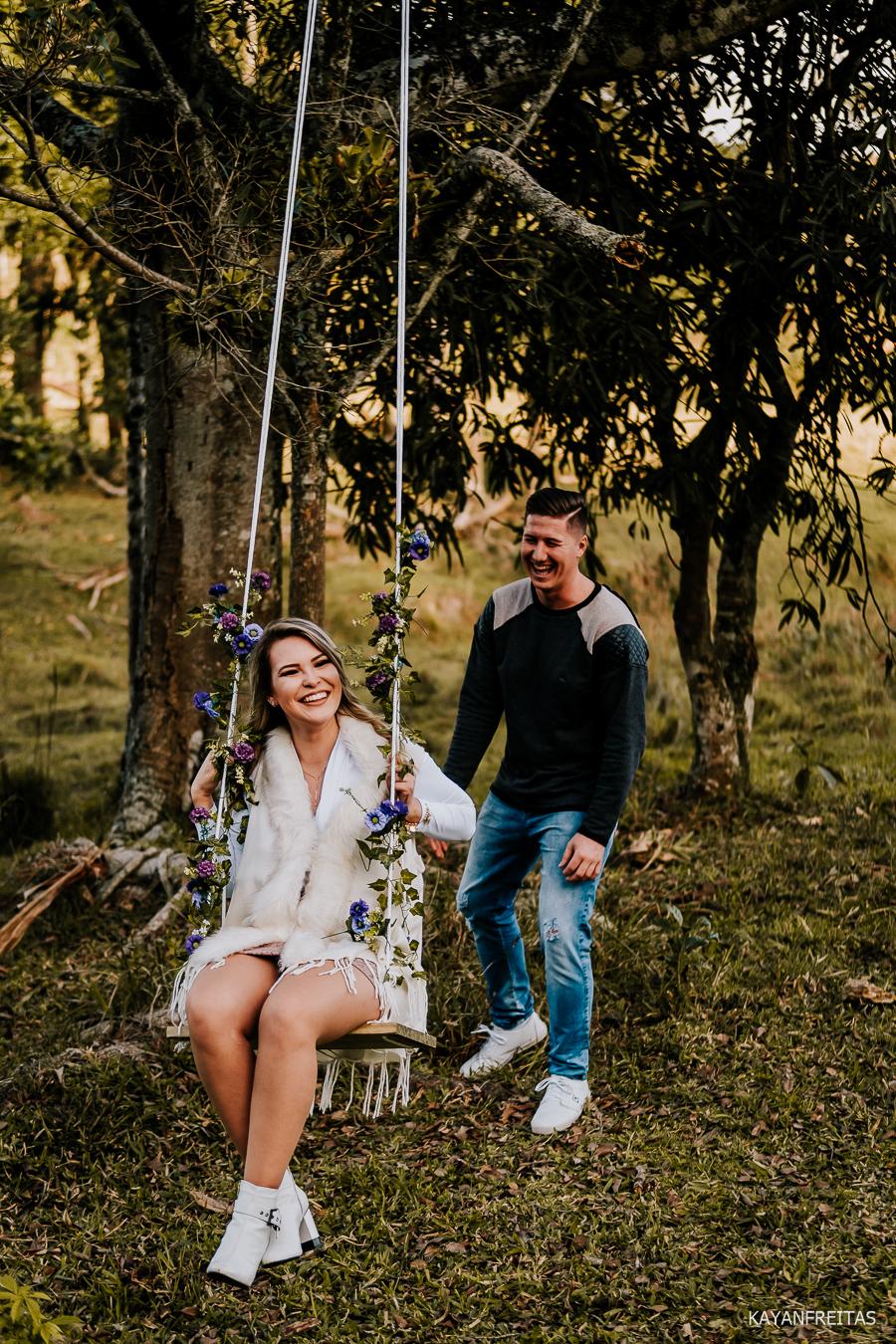 pre-casamento-fazenda-floripa-0030 Sessão pré casamento Tainara e Marcos - Tijucas / SC