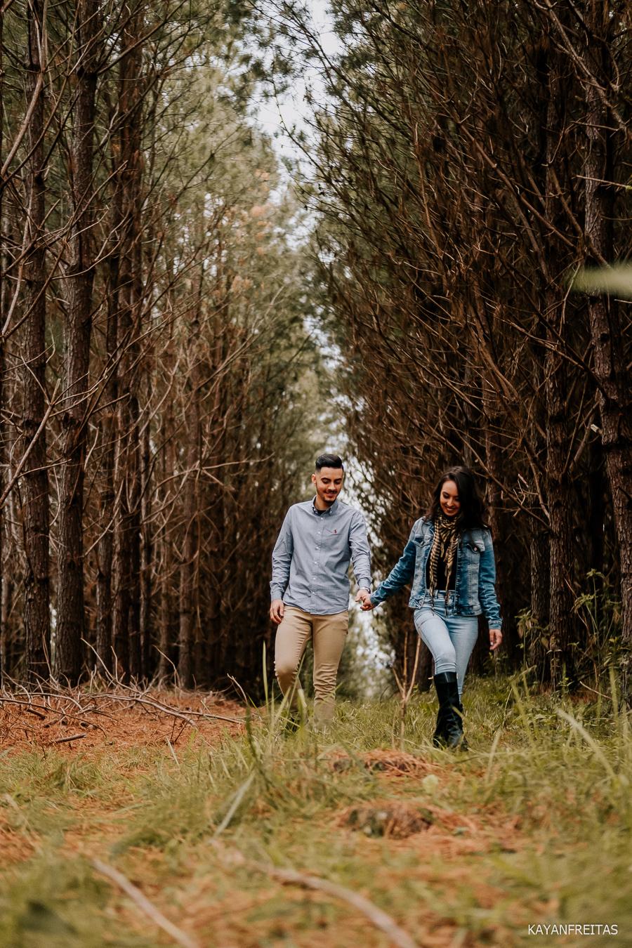 precasamento-na-serra-sc-0017 Sessão pré casamento na Serra - Luiza e Junior